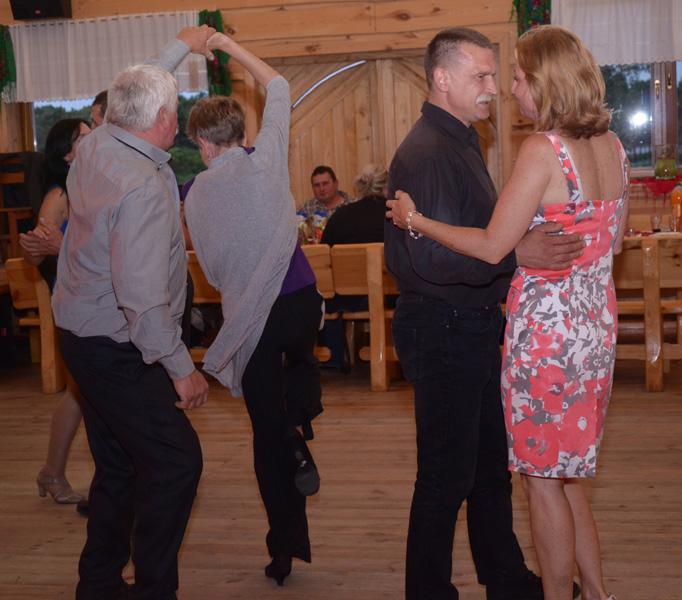Gościom nie brakowało zapału do tańca