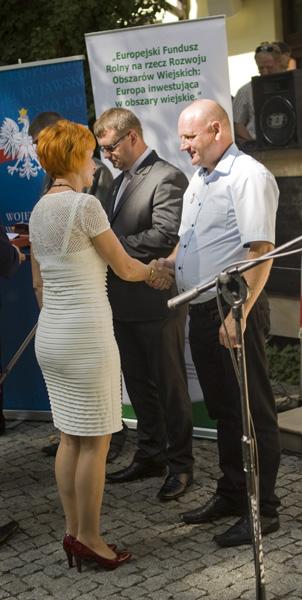 Wicewojewoda Kujawsko-Pomorski, Pani Elżbieta Rusielewicz odznacza Pana Mirosława Siemińskiego odznaką 'Zasłużony dla Rolnictwa