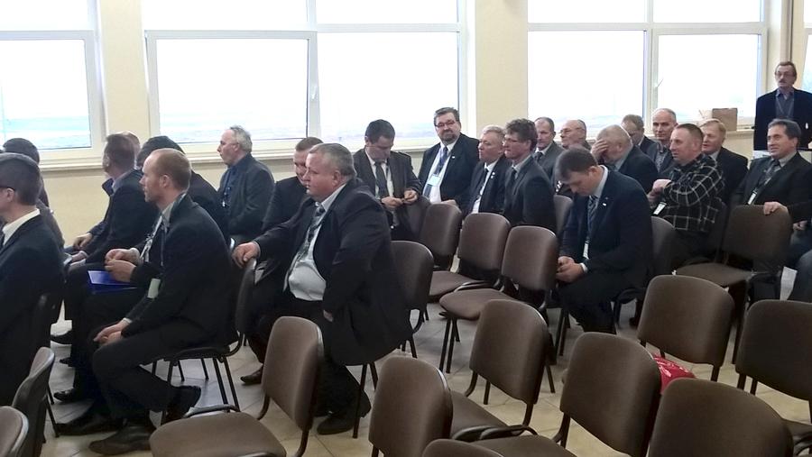 Delegaci uczestniczący w Walnym Zgromadzeniu PZHBiPM