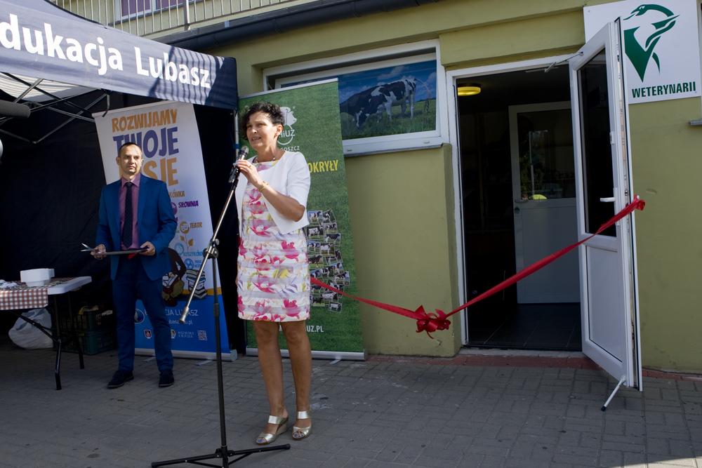 Pani Renata Małecka, dyrektor Szkół Edukacja Lubasz