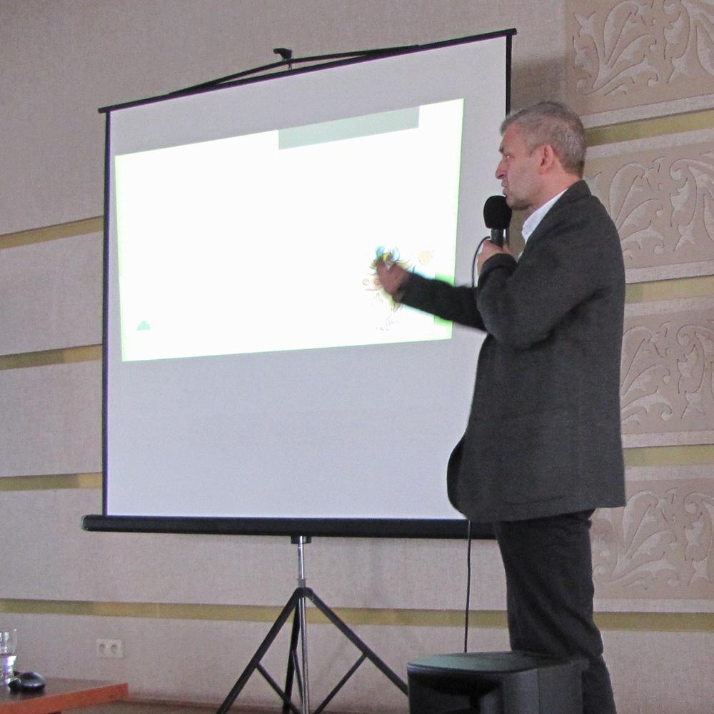 Bogdan Godlewski zaprezentował wykład dotyczący czynników warunkujących skuteczną inseminację