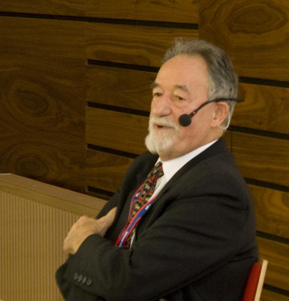 prof. dr hab. Wojciech Ziętara