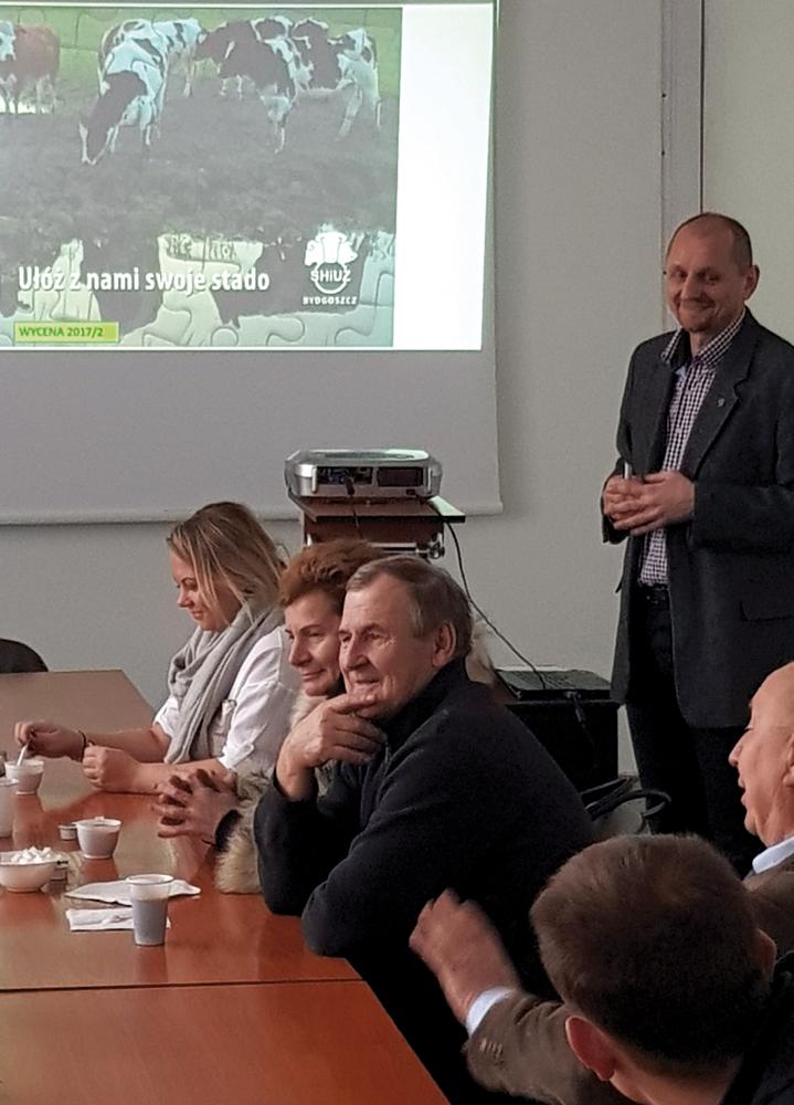 Pan Mirosław Makowski, dyrektor firmy SANO