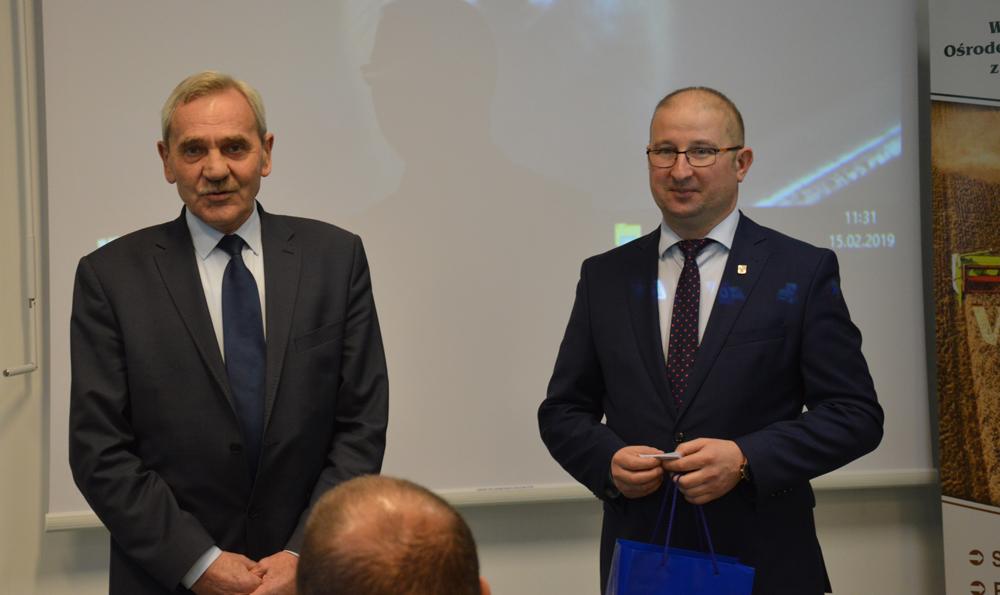 Od lewej: Jan Heichel, prezes WMIZR, Robert Nowacki, dyrektor WMODR Oddział w Olecku
