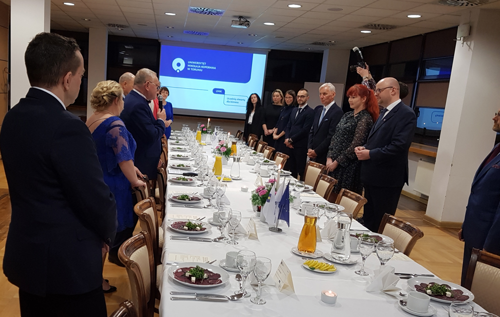 Uroczysta kolacja biznesowa dla przedstawicieli firm współpracujących z UMK w Toruniu wydana przez JM Rektora prof. Andrzeja Tretyna