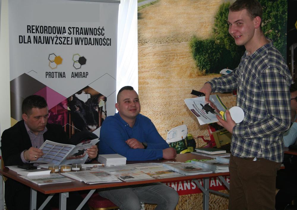 Adam Pogroszewski, menedżer rejonu, odpowiada na pytania dotyczące najnowszej oferty SHiUZ Bydgoszcz