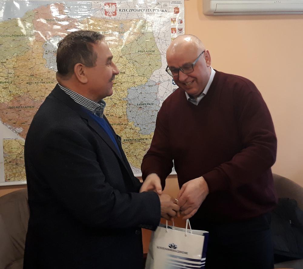 Pierwszy z prawej: Anatolij Khatsko, generalny dyrektor BELPLEMZHIVOBIEDINENIE, Mariusz Wykrzykowski, członek Zarządu SHiUZ Bydgoszcz