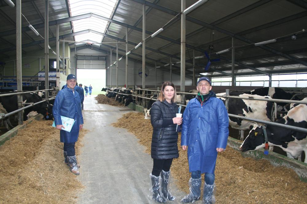 Anna Żochowska i Bogdan Godlewski. Konferencję Zarządzanie rozrodem bydła na podstawie informacji uzyskiwanych z oceny wartości użytkowej bydła